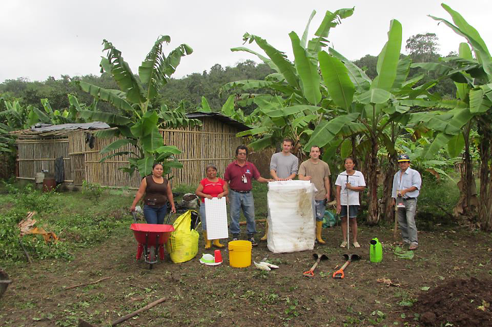 Two Bruderhof members working with the Heifer Project in Equador