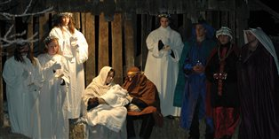 A Silent Nativity at a Bruderhof community